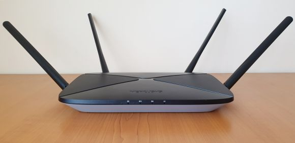 Prezentare router Mecursys Gigabit AC12G